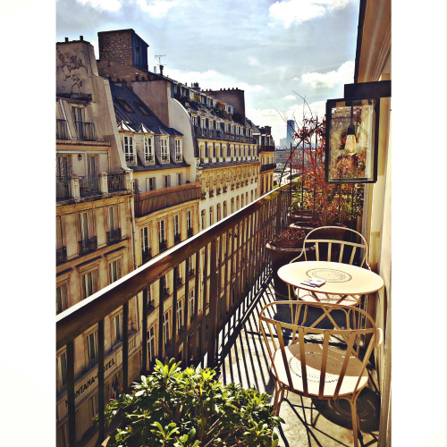 Friday is in LOVE With O: Paris is always a good idea!