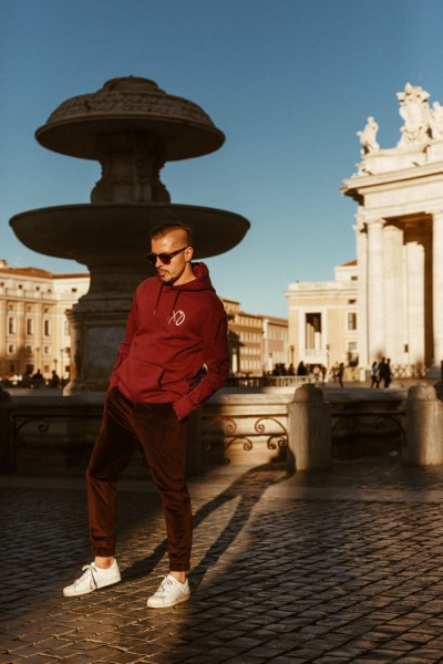 Friday is in LOVE With O: Molecule F Tee in Vatican