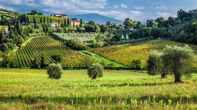 Invarte Globul si opreste-l cu travelmood.ro Toscana