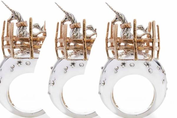 Joaca de-a bijuteriile: Mariajulia Trento & Novitas Jewellery