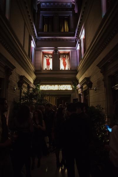 MURMUR Hotel: The Party la Casa Capsa