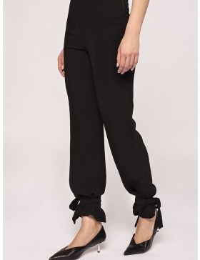 Pants with high waist and adjustable bottom