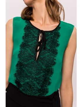 Front contrast lace detail top