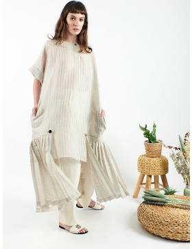 Linen maxi dress with pleats