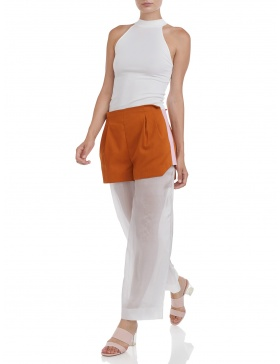 Sporty shorts with silk extension