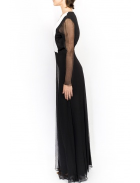 Long black dress with V neck