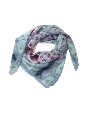 Believe scarf