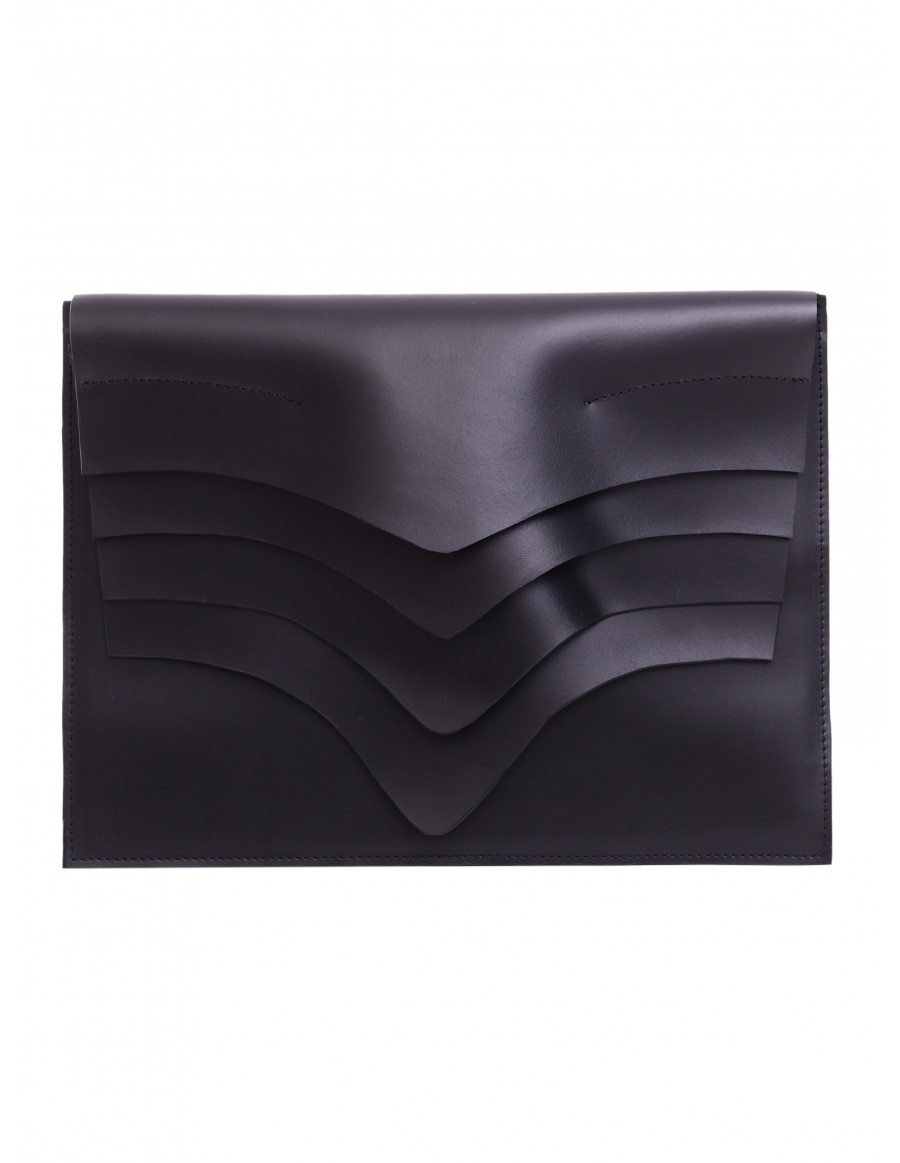 Thyra maxi black clutch