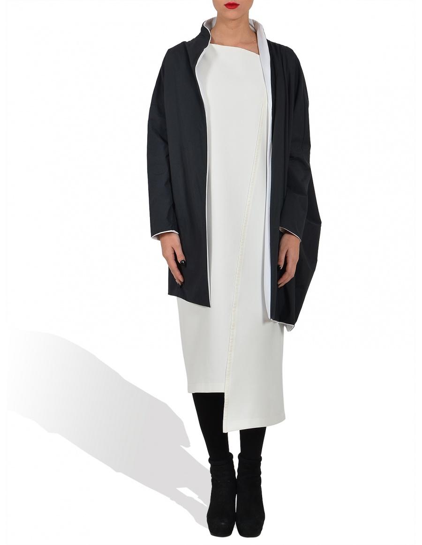Reversible asymmetrical jacket