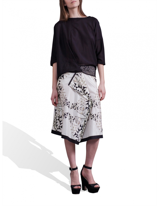Digitally printed white skirt