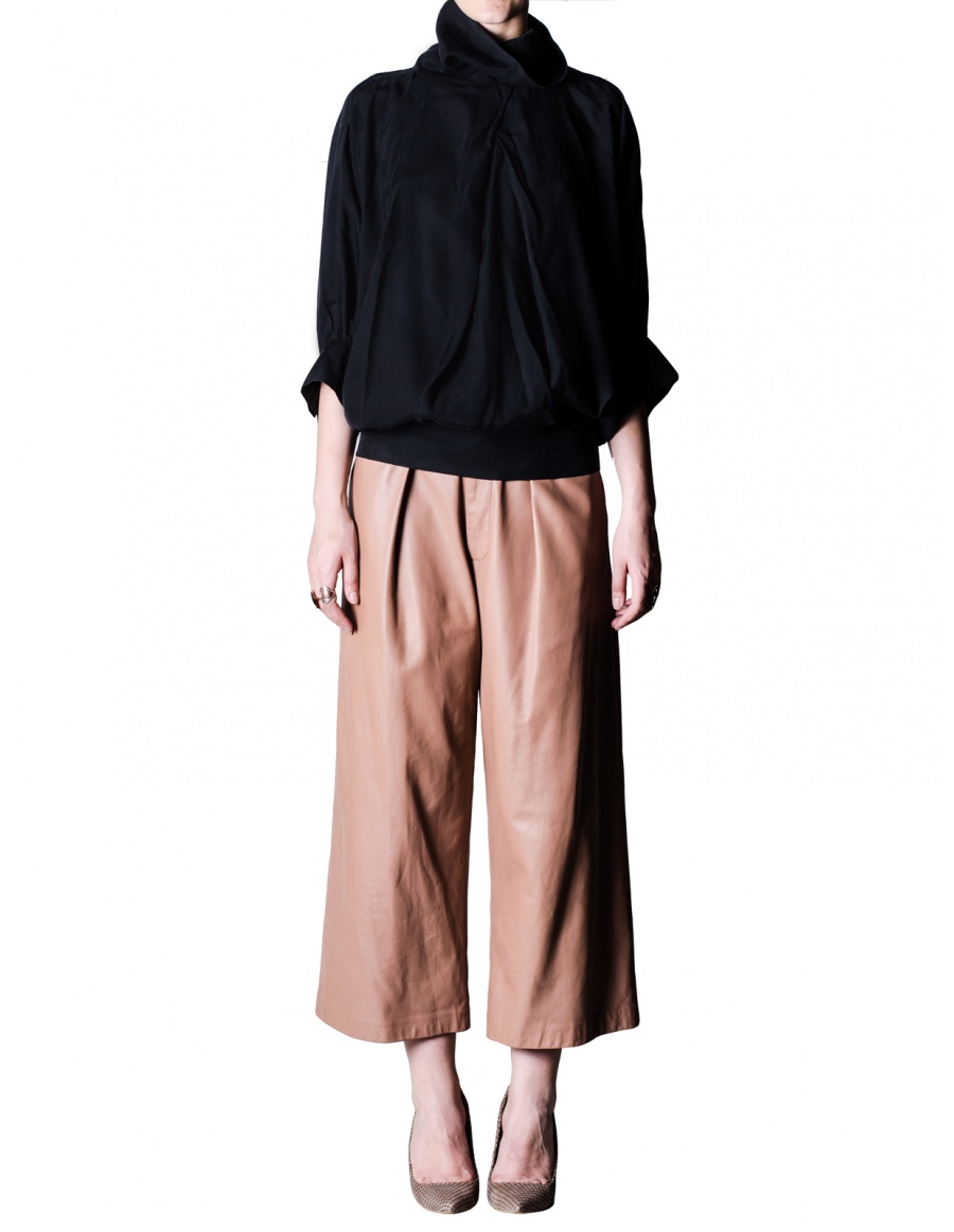 Rose leather culottes