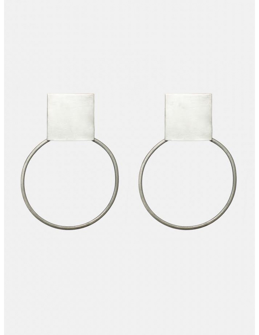 Circled Platitude earings