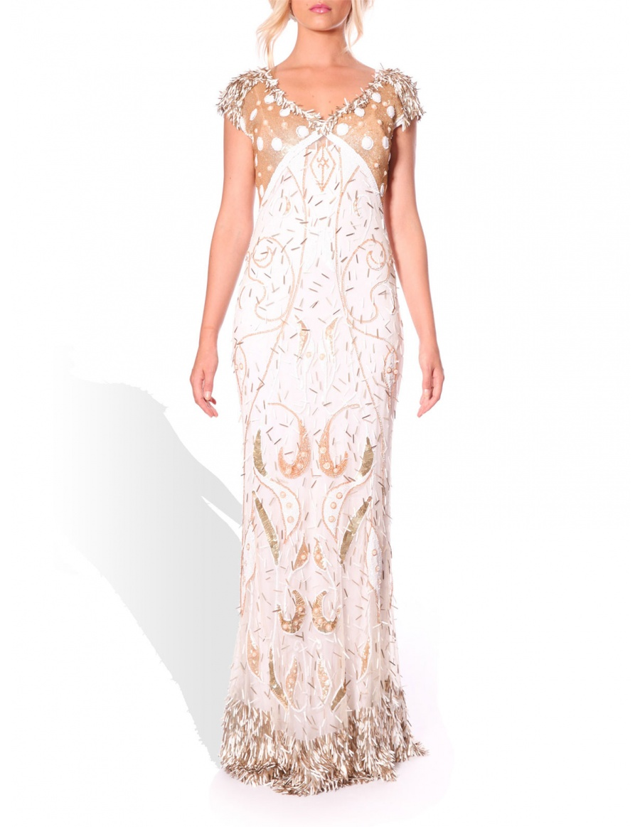 Wedding dress with manual embroidery