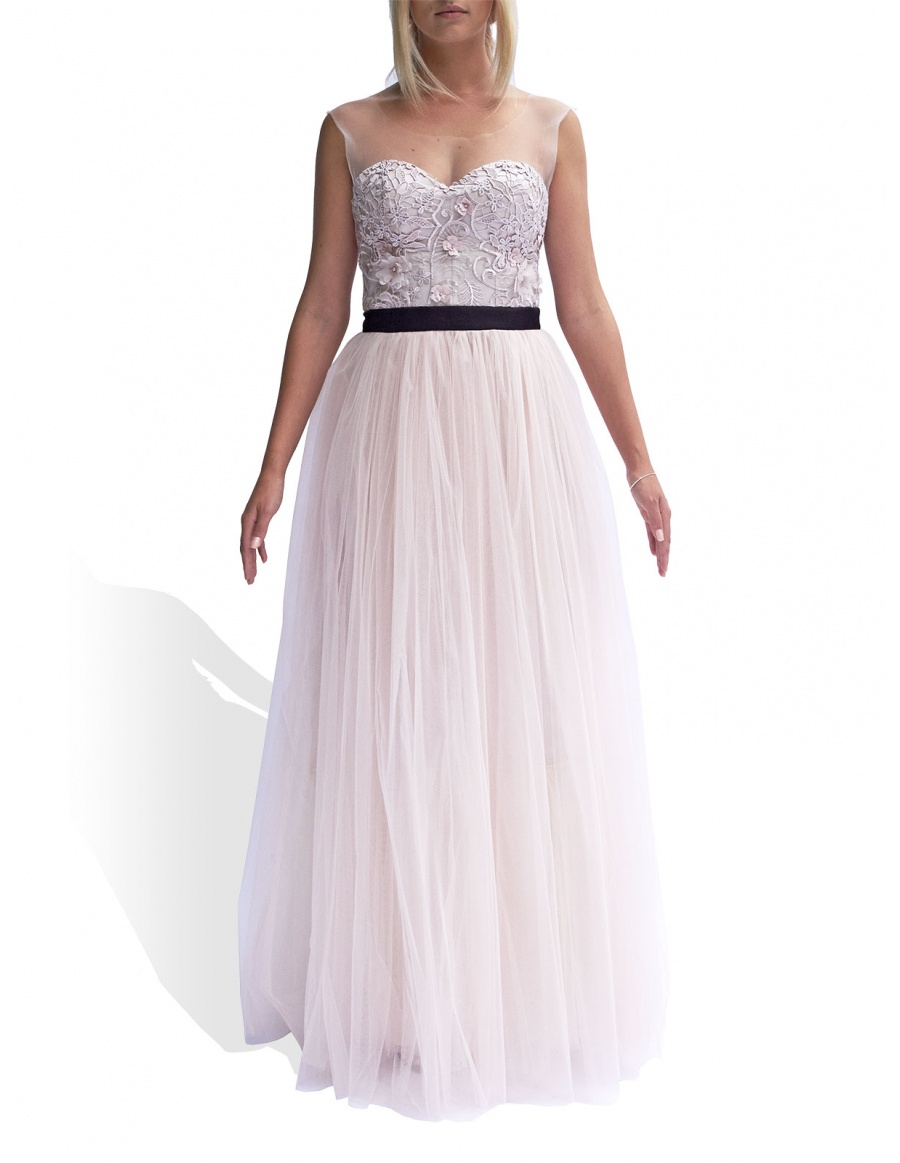 Dress with 3D lace embroidery
