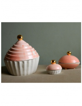 Pink Cupcakes Teapot and tea cups set