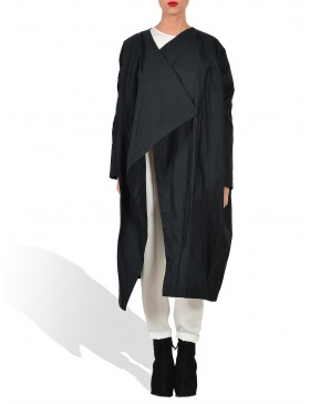 Geometric collar raincoat