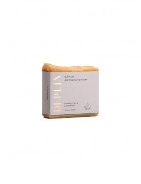 Antibacterial soap. Thyme, laurel & oregano