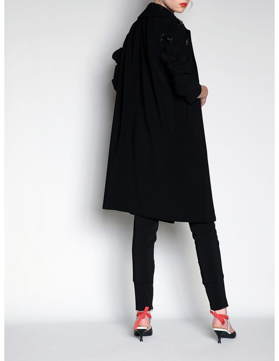 Trench with détachable sleeves   Silvia Serban